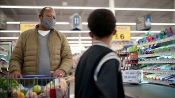 Food Lion Feeds Box TV Spot, 'Together, We're Giving Hope For The Holidays' - Thumbnail 10
