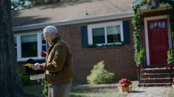 Food Lion Feeds Box TV Spot, 'Together, We're Giving Hope For The Holidays' - Thumbnail 4
