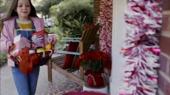 Food Lion, LLC TV Spot, 'The Best Tradition Is The One You Share With Your Neighbors' - Thumbnail 3