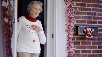 Food Lion, LLC TV Spot, 'The Best Tradition Is The One You Share With Your Neighbors' - Thumbnail 4