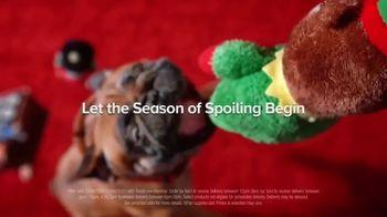 PetSmart TV Spot, 'Holidays: Shower Your Pets' - Thumbnail 6