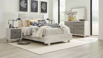 Rooms to Go Holiday Sale TV Spot, '$899 Bedroom Set' - Thumbnail 2