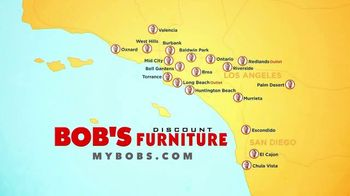 Bob's Discount Furniture TV Spot, 'Saltando en la cama' [Spanish] - Thumbnail 10