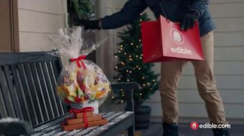 Edible Arrangements TV Spot, 'Holidays: Moment of Wow' Song by Leslie Odom, Jr.