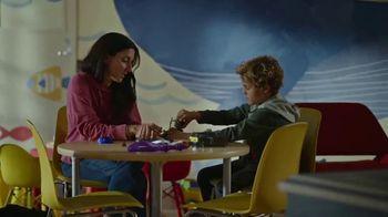 McDonald's TV Spot, 'RMHC: Sam y Liam' [Spanish] - Thumbnail 4