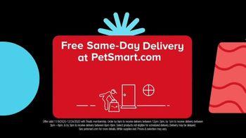 PetSmart TV Spot, 'Holiday Carol of the Spoils Black Friday' - Thumbnail 6