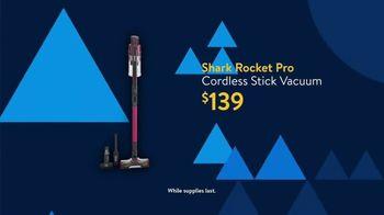 Walmart Black Friday TV Spot, 'Deals for Days: Shark Rocket Pro Cordless Stick Vacuum' - Thumbnail 3