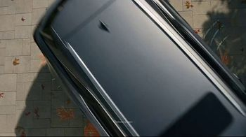 Lexus December to Remember Sales Event TV Spot, 'Driveway Moments: Birthday' [T1] - Thumbnail 1