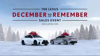 Lexus December to Remember Sales Event TV Spot, 'Driveway Moments: Birthday' [T1] - Thumbnail 8