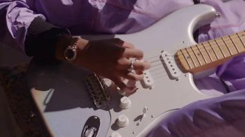 Guitar Center TV Spot, 'How the Strat Inspires Her Sound' Featuring H.E.R.