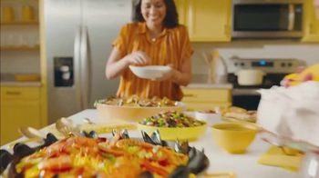 Lowe's TV Spot, 'Home for the Holidays: Whirlpool Appliances' - Thumbnail 4
