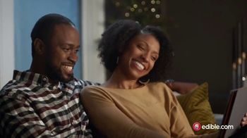Edible Arrangements TV Spot, 'Holidays: Moment of Wow: Free Delivery' Song by Leslie Odom, Jr.