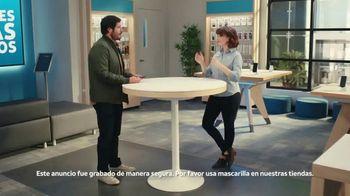 AT&T Wireless TV Spot, 'Dile a tu mamá' [Spanish] - Thumbnail 1