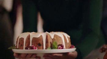 Daisy Sour Cream TV Spot, 'Holidays: Dollops for Generations' - Thumbnail 8