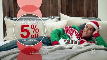 Ashley HomeStore Black Friday 4 Day Sale TV Spot, 'BOGO 50% Off and 0% Interest' - Thumbnail 8