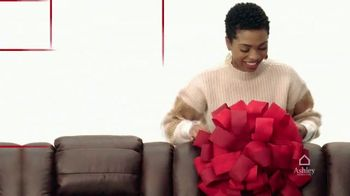 Ashley HomeStore Black Friday 4 Day Sale TV Spot, 'BOGO 50% Off and 0% Interest' - Thumbnail 2