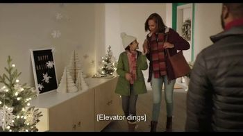 Hallmark TV Spot, 'Share More Merry This Season With a Hallmark Card' - Thumbnail 1
