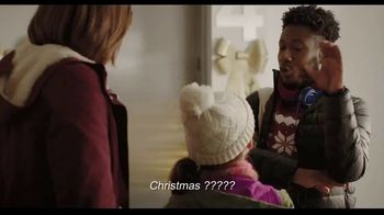 Hallmark TV Spot, 'Share More Merry This Season With a Hallmark Card' - Thumbnail 3