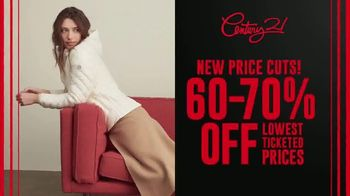 Century 21 Stores Going Out of Business Sale TV Spot, '60-70% Off' - Thumbnail 4