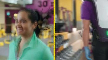 Planet Fitness TV Spot, 'Get Moving and Check the Crowd Meter: $1 Down $10 a Month' - Thumbnail 4