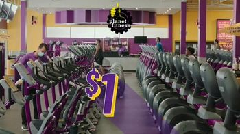 Planet Fitness TV Spot, 'Get Moving and Check the Crowd Meter: $1 Down $10 a Month' - Thumbnail 7