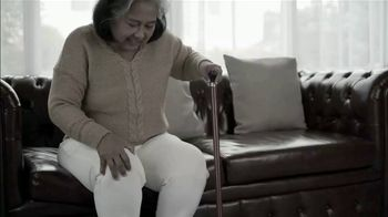 Arthritis Relief Centers TV Spot, 'Don't Suffer From Chronic Knee Pain'