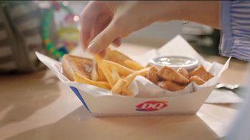 Dairy Queen Rotisserie-style Chicken Bites TV Spot, 'Tender Love' - Thumbnail 8