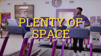 Planet Fitness TV Spot, 'Súper limpio' [Spanish] - Thumbnail 2