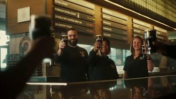 Guinness TV Spot, 'St. Patrick's Day: Silver Lining' - Thumbnail 9