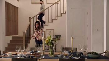 2021 Buick Encore GX TV Spot, 'Surprise Dinner Party' Song by Matt and Kim [T2] - Thumbnail 5