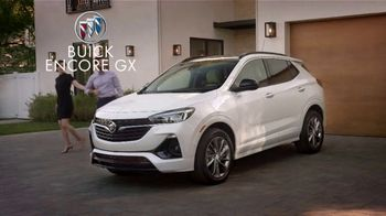 2021 Buick Encore GX TV Spot, 'Surprise Dinner Party' Song by Matt and Kim [T2] - Thumbnail 7