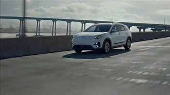 2020 Kia Niro EV TV Spot, 'Ends of the Earth' [T2] - Thumbnail 3