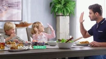 Ashley HomeStore Ultimate Event TV Spot, '25% Off and No Interest' - Thumbnail 8