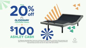 Ashley HomeStore Ultimate Mattress Event TV Spot, 'Glideaway Adjustable Bases' - Thumbnail 5