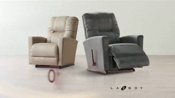 La-Z-Boy 2 Great Chairs Event TV Spot, 'Two Chairs for $799' - Thumbnail 4