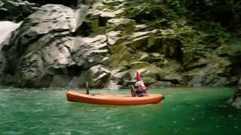 Travelocity TV Spot, 'Kayak Paddles' - Thumbnail 3