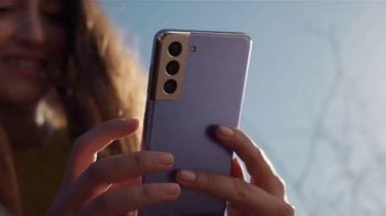 Samsung Galaxy S21 TV Spot, 'Different: Trade-In Offer' - Thumbnail 6