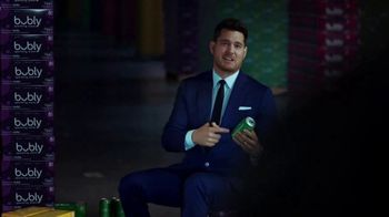 bubly Bounce TV Spot, 'Same Bublé. Now With Some Bounce' Featuring Michael Bublé - Thumbnail 3