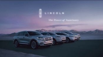 Lincoln Motor Company TV Spot, 'Comfort in the Extreme' [T2] - Thumbnail 8