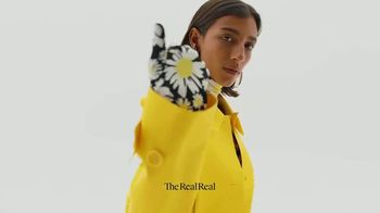 The RealReal TV Spot, 'La manera más sostenible de comprar' [Spanish] - Thumbnail 5