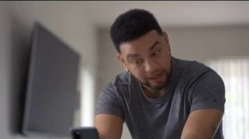 T-Mobile TV Spot, 'Netflix on Us: Samsung Galaxy S20 FE 5G' con LeJuan James [Spanish]