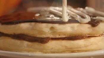 IHOP Mr. Mummy Pancake TV Spot, 'El otoño ha llegado' [Spanish] - Thumbnail 3
