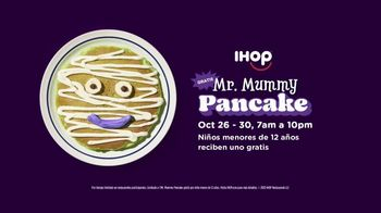 IHOP Mr. Mummy Pancake TV Spot, 'El otoño ha llegado' [Spanish] - Thumbnail 5