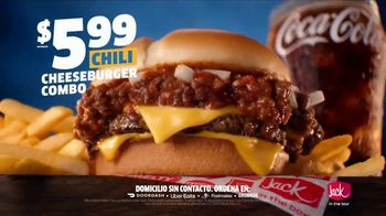Jack in the Box Chili Cheeseburger Combo TV Spot, 'Bonito' [Spanish] - Thumbnail 5