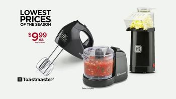 Kohl's Lowest Prices of the Season TV Spot, 'Tops, Shoes and Toastmaster' - Thumbnail 7