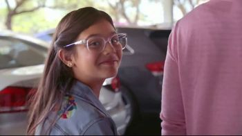 AutoNation TV Spot, 'Pink Plates: Thank You' Song by Andy Grammer - Thumbnail 5