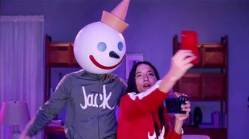 Jack in the Box $3 Sauced and Loaded Fries TV Spot, 'Curly Fries' - Thumbnail 5