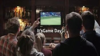 Santander Bank TV Spot, 'Game Day: 80% Happier'
