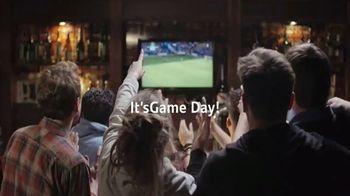 Santander Bank TV Spot, 'Game Day: 80% Happier' - Thumbnail 3