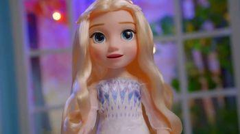 Disney Frozen II Magic in Motion Queen Elsa TV Spot, 'She Sings' - Thumbnail 6